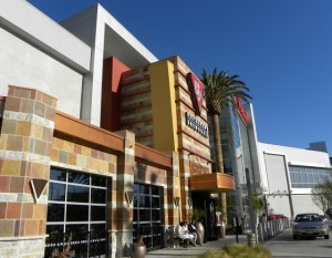 The outside of BJ's in Culver City, CA